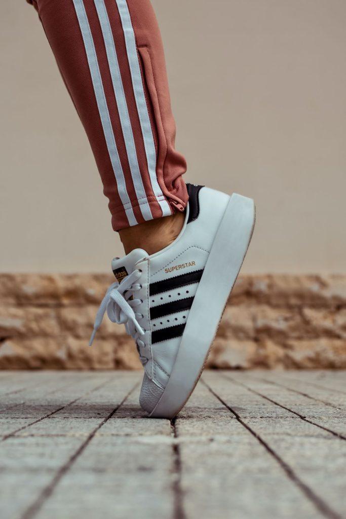 Influencer-marketing-Adidas-sneakers-Motionmill-Antwerpen