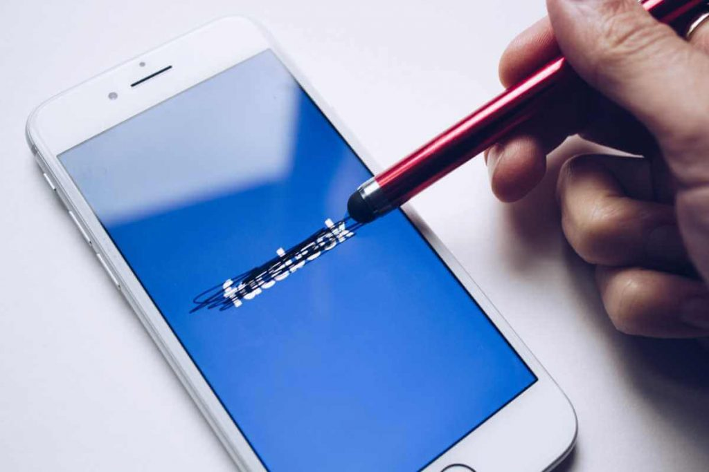 Facebook Analytics stopt in 2021