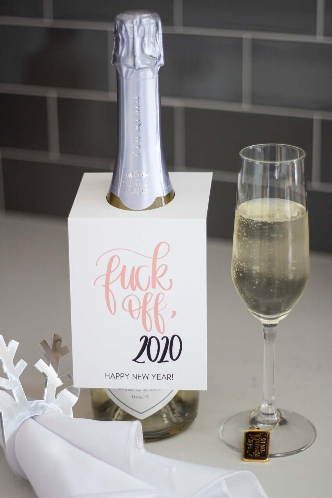 Fuck off 2020 wijnfles